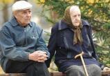 «Жить чуть-чуть впроголодь» - Онищенко дал советы российским пенсионерам
